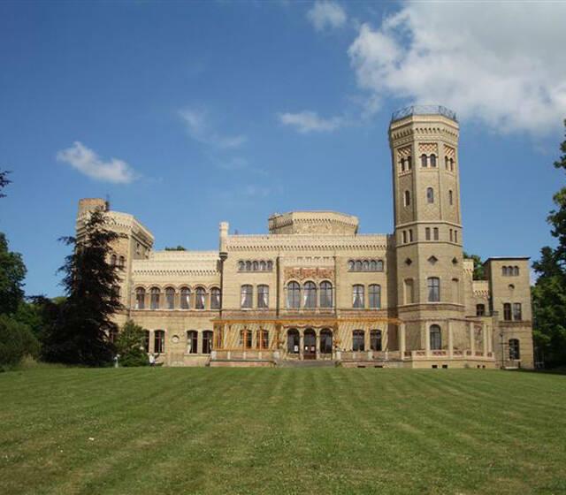 Beispiel: Das Schloss, Foto: Schloss Neetzow.