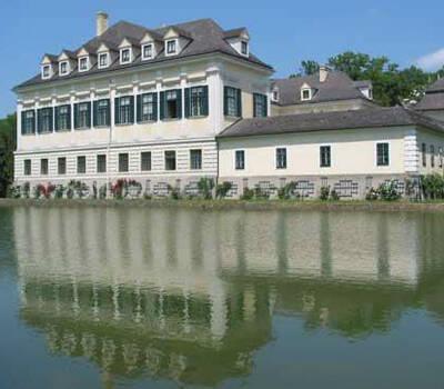 Beispiel: Außenansicht, Foto: Bundeskanzleramt - Schloss Laudon.
