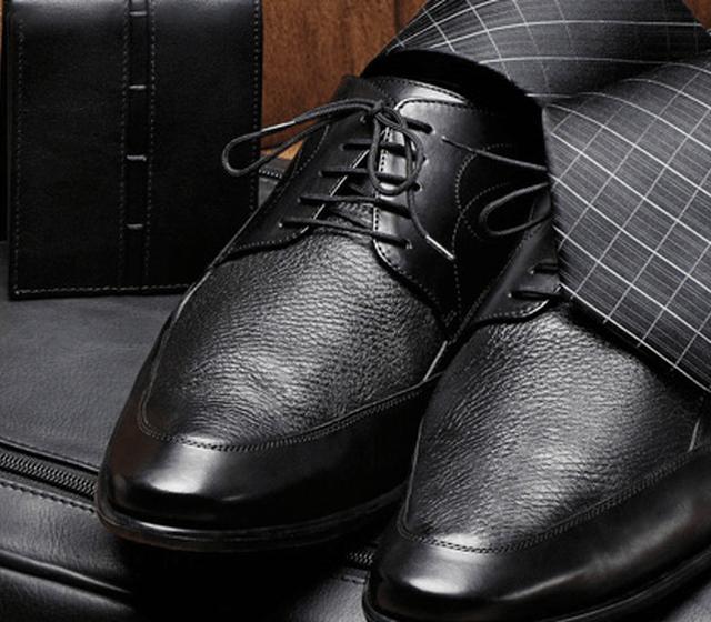 Zapatos y complementos para novios en Robert's Aguascalientes
