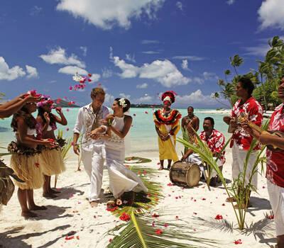 Indomitum viajes de novios for Viajes rangali opiniones