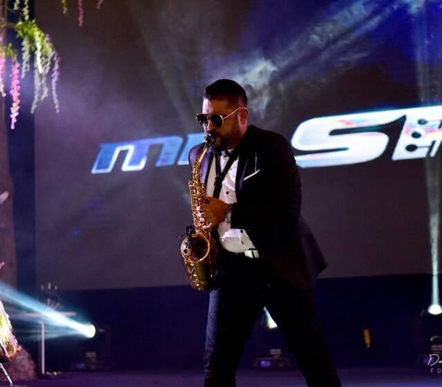 Mr•SAX