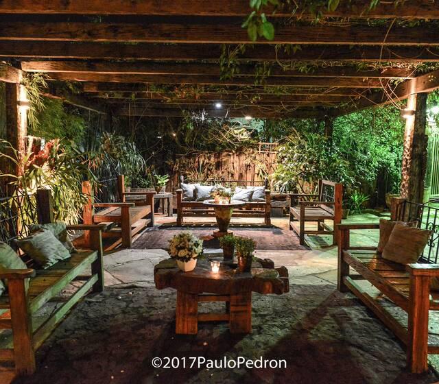 Lounge do Bar e Mobiliario Madero