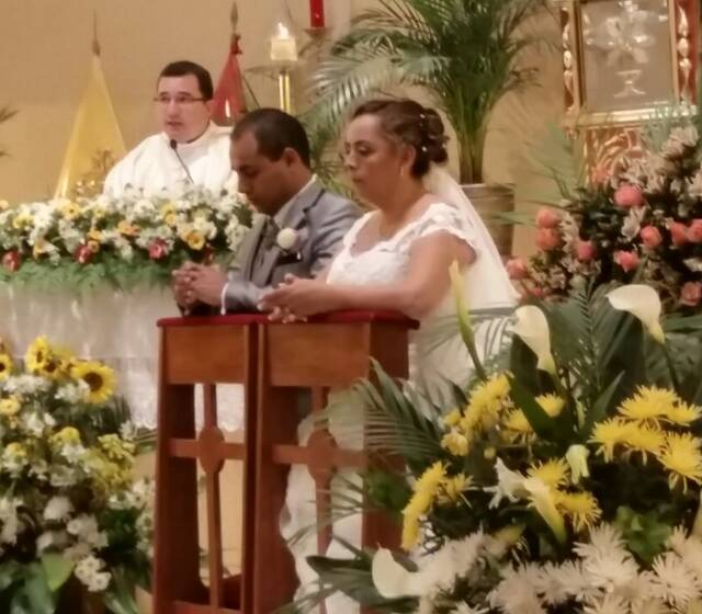 Bendición de los esposos Juan y Nancy