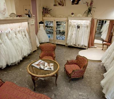 Salon ślubny Abiu, Tylko Ona