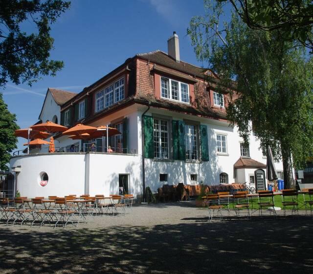Beispiel: Aussenansicht, Foto: Villa Sunneschy.