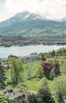 Ausblick über den Vierwaldstättersee & Luzern