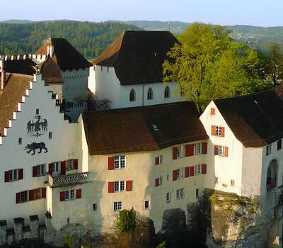 Beispiel: Außenansicht, Foto: Schloss Lenzburg.