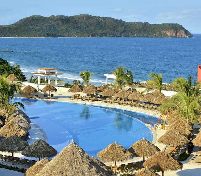 IBEROSTAR Playa Mita es el lugar ideal para el destino de tu boda. Celebra tu día en este lujoso resort con servicios 5 estrellas, magníficas instalaciones y paquetes diseñados para hacer tu evento inolvidable.