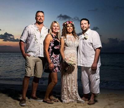 Mayan Beach Club Restaurante & Tequilería
