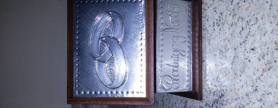 Caja 9x7 cms. argollas, aluminio