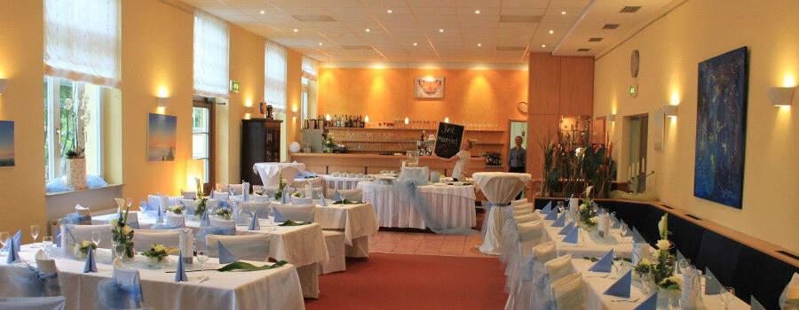 Beispiel: Innenraum - Bankett, Foto: Restaurant Zur Tennisterrasse.