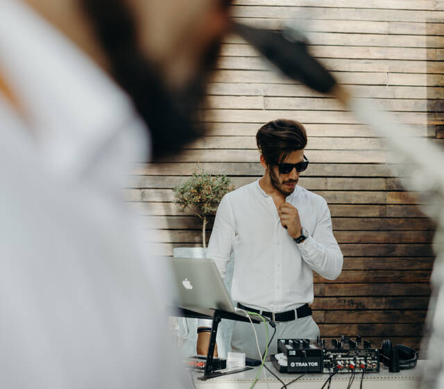 DJ Paulo Machado ft. Sax (Quinta do Rio)