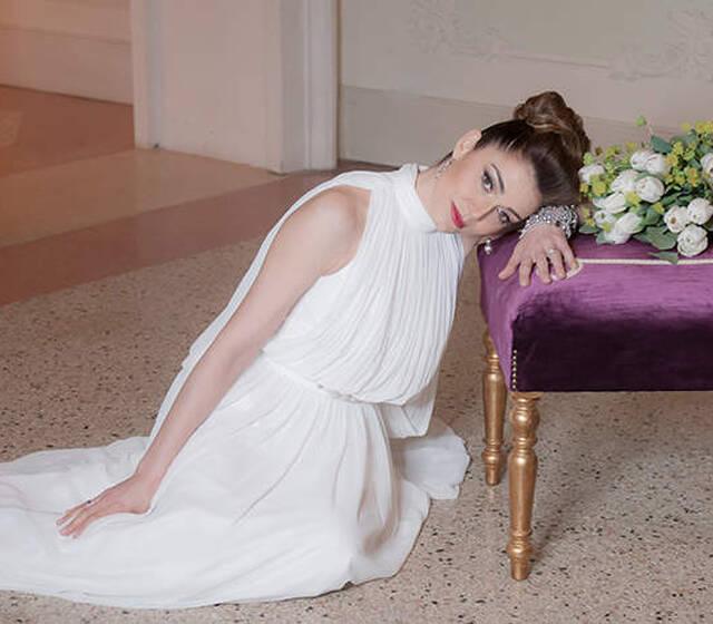Cinderella Bride Silvia