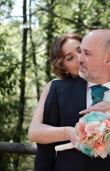 LULABI Handmade Flowers/Ramo de novia y Prendido del novio