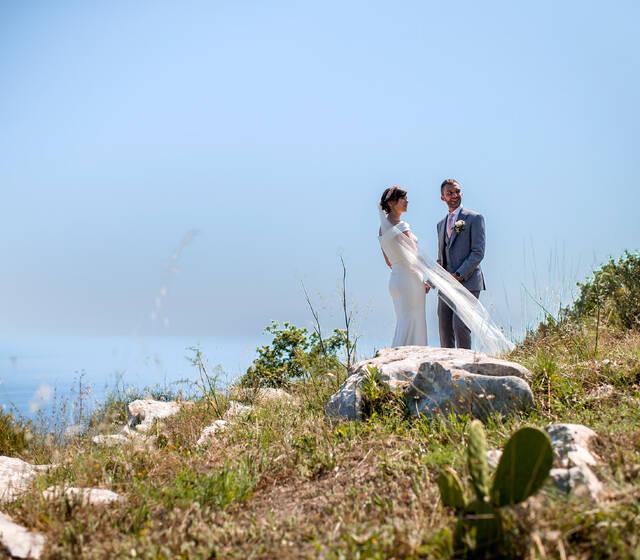 green wedding Sorrento ,Sorrento Wedding Venue,Getting married in a farmhouse!Cymbolic Ceremonies