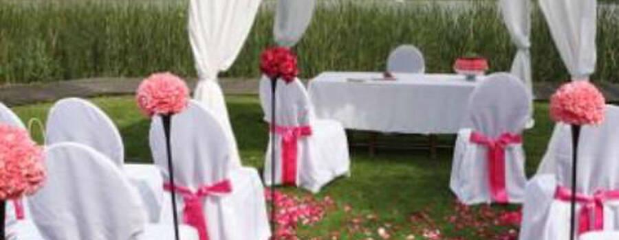 Beispiel: Blumen für die Zeremonie, Foto: AZ- Floristik und Dekoration.