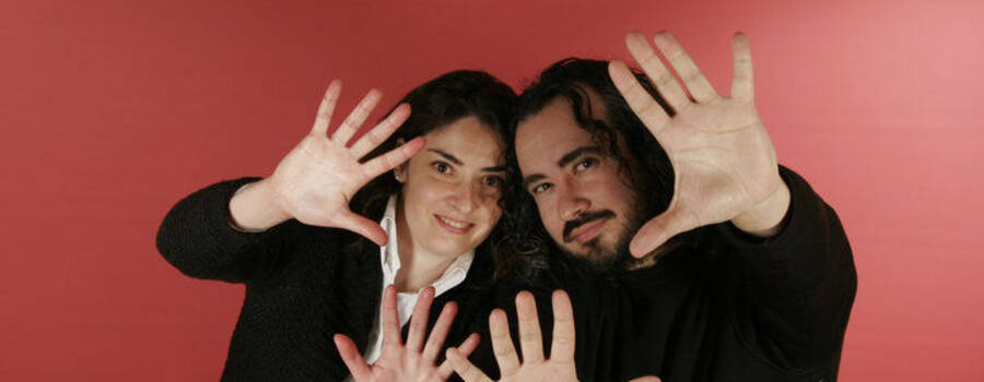 Cuatro manos