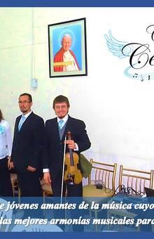 Trío de voces mixtas, flauta, violín y teclado