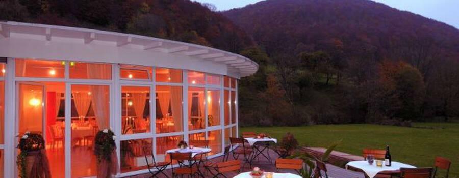 Beispiel: Runder Saal - Außenansicht, Foto: Hotel Restaurant Talblick.