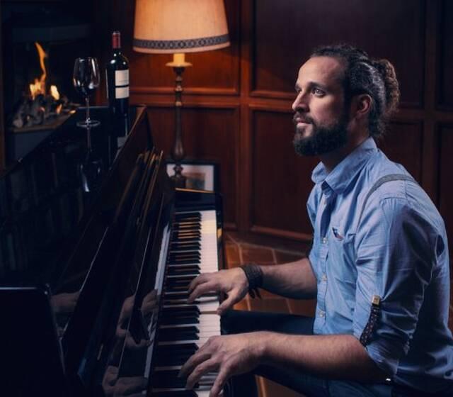 Zanger-pianist Steve