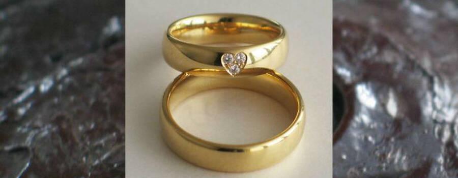 Beispiel: Trauringe - Gelbgold, Foto: Juwelier Jaufman.
