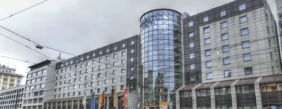 Beispiel: Außenansicht, Foto: Maritim Hotel Magdeburg.