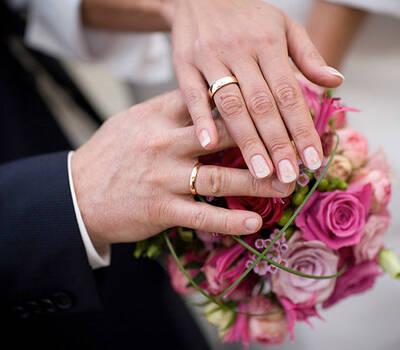 Beispiel: Wunderschöne Brautsträuße, Foto: Naturelle Floristik.