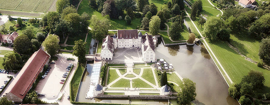 Beispiel: Schloss Münchhausen - Gesamtanblick, Foto: Schloss Münchhausen.
