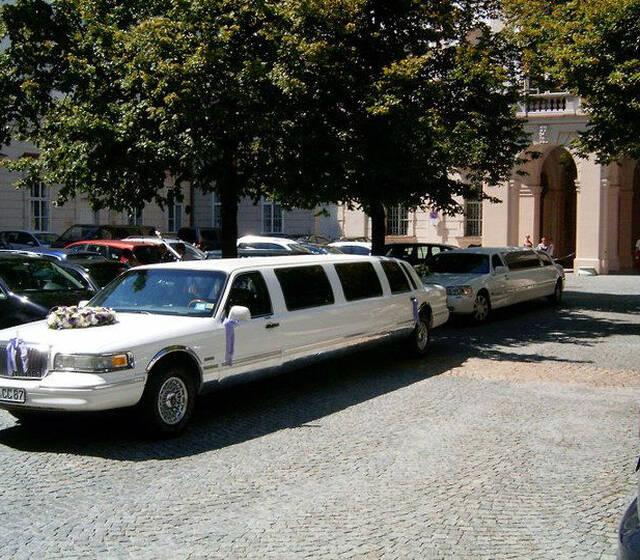 "Foto:""Lincoln Town Car Strechlimousine"""