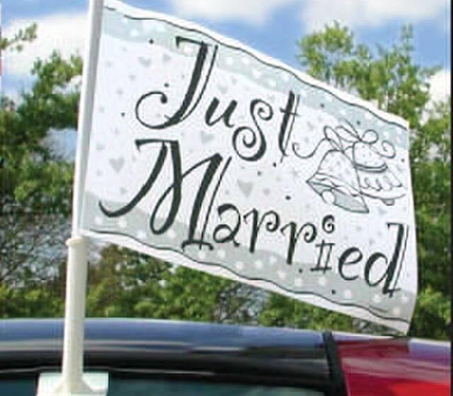 "Beispiel: Schild - ""Just married"", Foto: Feiermeier Nürnberg."