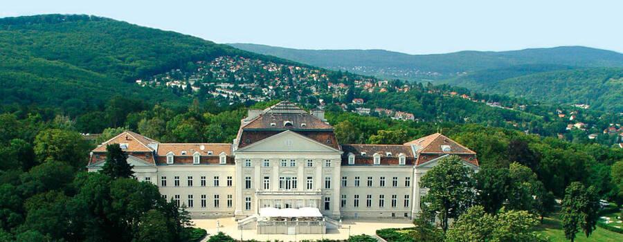 Beispiel: Außenansicht, Foto: Austria Trend Hotel Schloss Wilhelminenberg.