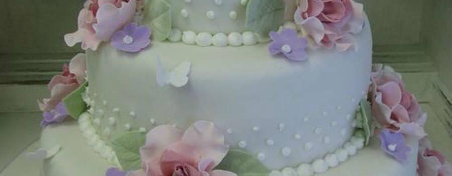 Beispiel: Die Torte für Ihren großen Tag, Foto: Fabricio Cordeiro Zuckeratelier.