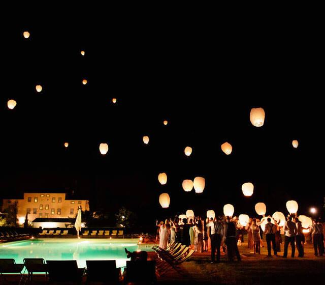 Lancio delle lanterne