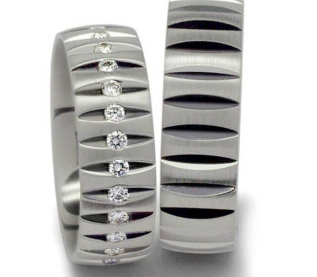 Beispiel: Platinring mit Diamantbesatz in auffallendem Design, Foto: Seilnacht.