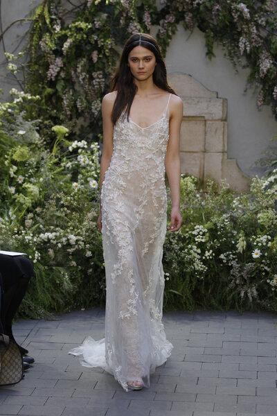 Vestidos de novia Monique Lhuillier 2017: diseños llenos de lujo y ...