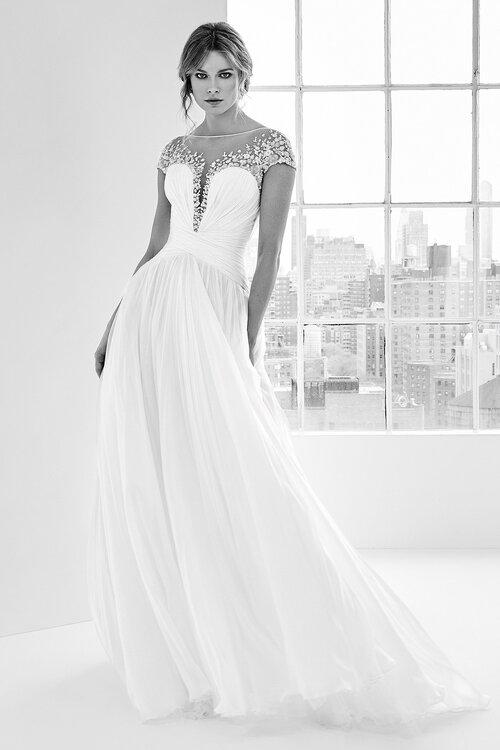 Vestido de novia para mujer con poco busto
