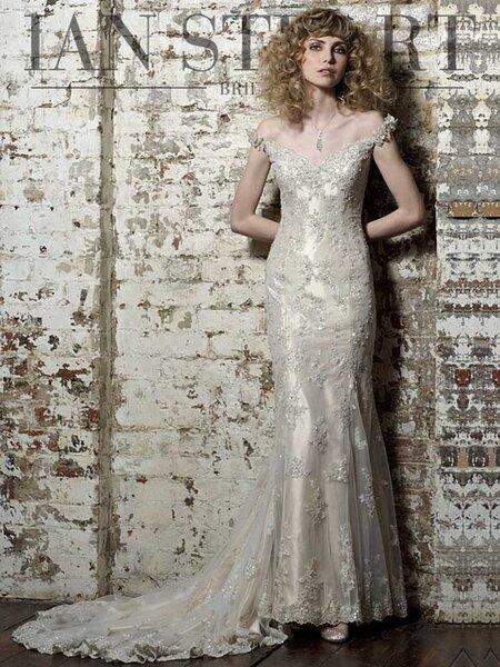 Suknie ślubne projektu Ian'a Stuart'a: znajdź wymarzoną kreację ślubną!