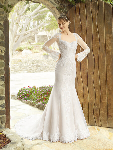 Style H1331. Credits_ Moonlight Bridal.