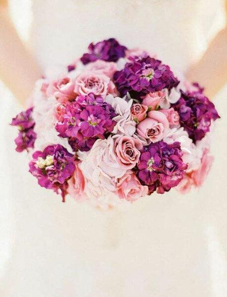 Spektakuläre Brautsträusse in Rosatönen