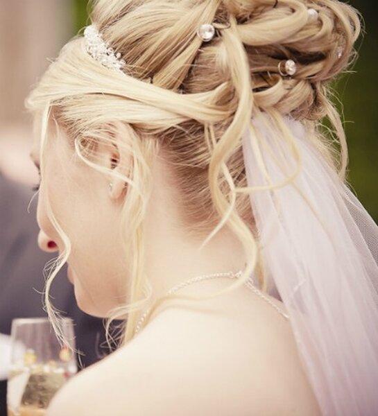 Luźny kok ślubny