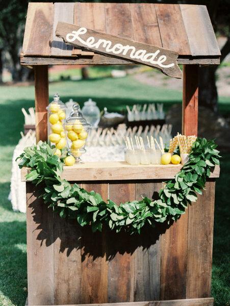 Rincón de limonada para tu boda.