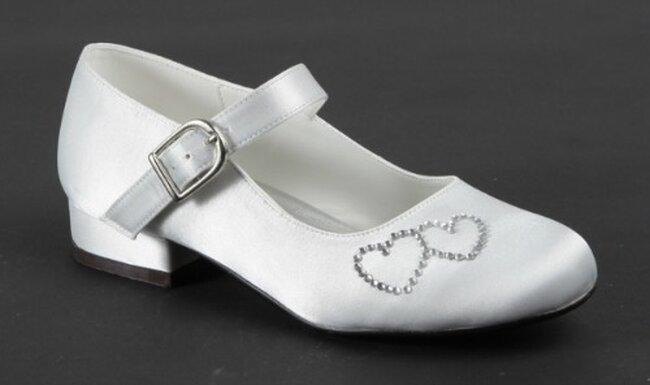 s lection de chaussures blanches pour enfants d 39 honneur. Black Bedroom Furniture Sets. Home Design Ideas