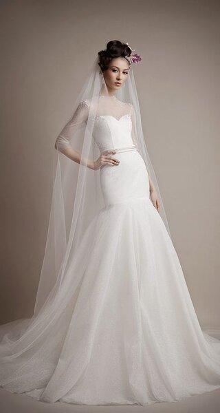 Vestido de noiva com decote ilusão - Foto Ersa Atelier