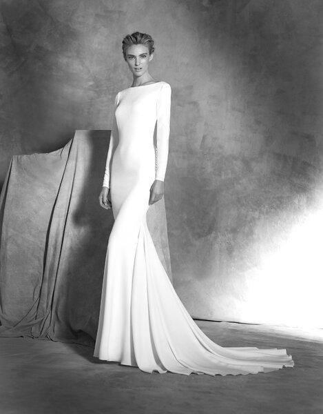 Modelo Ivania de Pronovias.