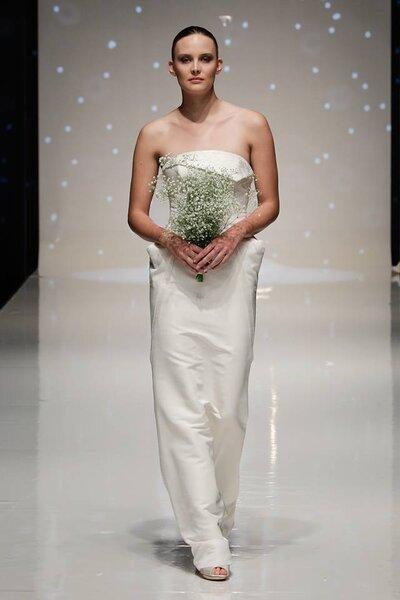 Suknia ślubna od Elizabeth Stuart