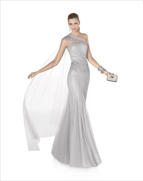 Roben für Hochzeitsgäste: Die neue Kollektion 2015 von Pronovias