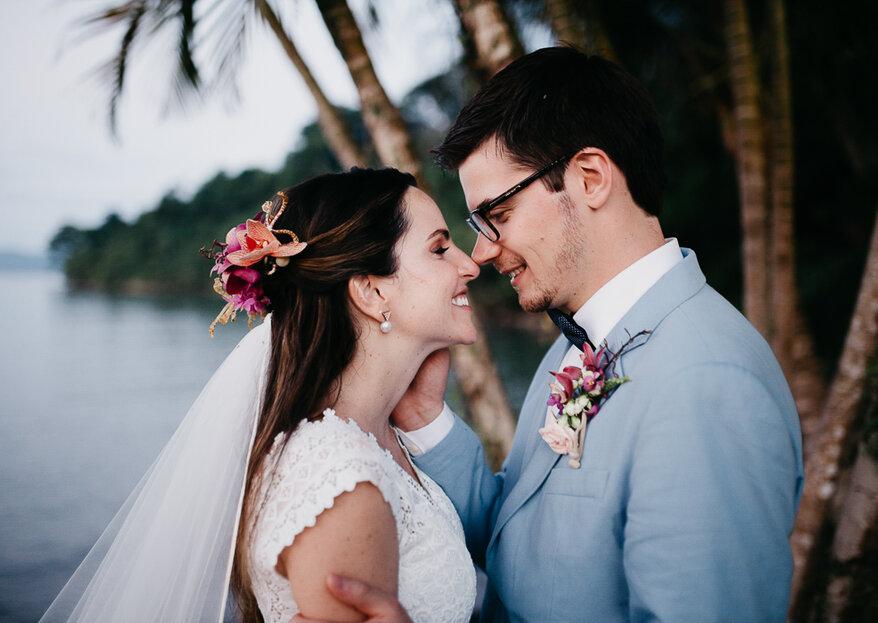 Marina & Charles: Destination wedding tropical-chic em Paraty registrado pelas lentes de Thibault Barré