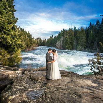 Trash the dress: os mais LINDOS registros de ensaios pós-casamento!