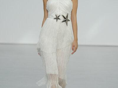 Suknie ślubne z dekoletem pod szyje. Kobiecie i szykowne!