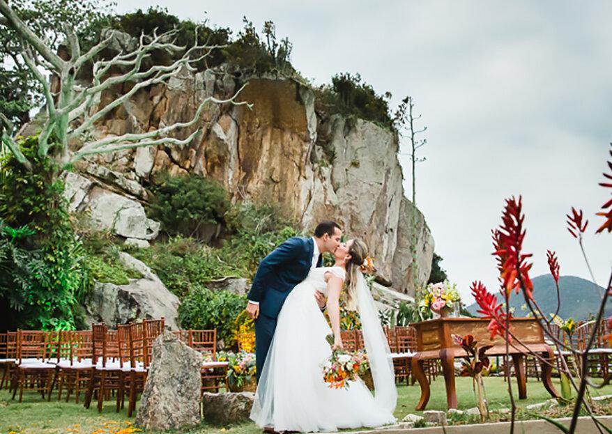 Raisa & Gustavo: casamento com estilo rústico, cores quentes, muita natureza e animação